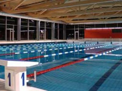 Piscine couverte d 39 yverdon les bains schweiz for Piscine yverdon