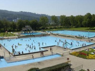 Lakesides / Swimming Pools Garten- und Hallenbad, Baden, Zurich Region